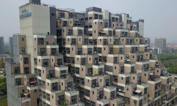 """江苏""""金字塔""""走红,办公楼变成景点,无数游客来这里拍照"""