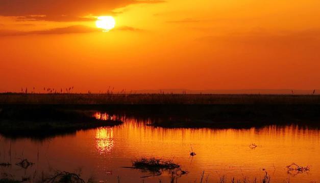 中国一湖泊干涸50年之久,曾经比625个西湖还大,如今碧波荡漾