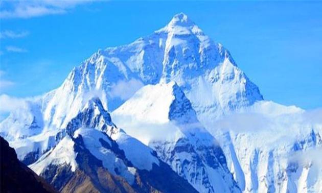 去珠穆朗玛峰营救时,为何用耗牛不用直升机?原因很简单