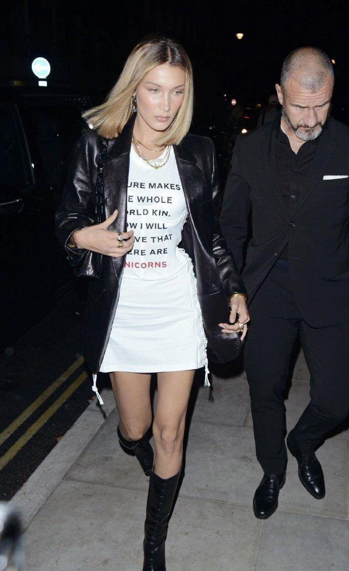 贝拉·哈迪德参加派对,这件港风机车皮外套,既百搭衣服又帅气