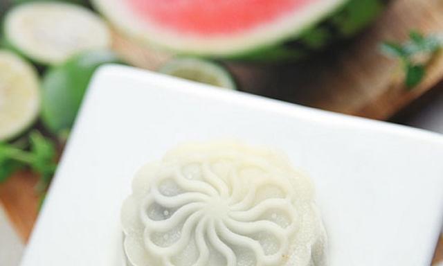 DIY冰皮月饼皮,纯自制的月饼,快来试一试吧