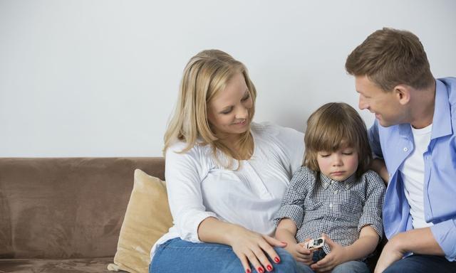 成功的家庭教育,是孩子到了青春叛逆期还愿意跟你好好说话
