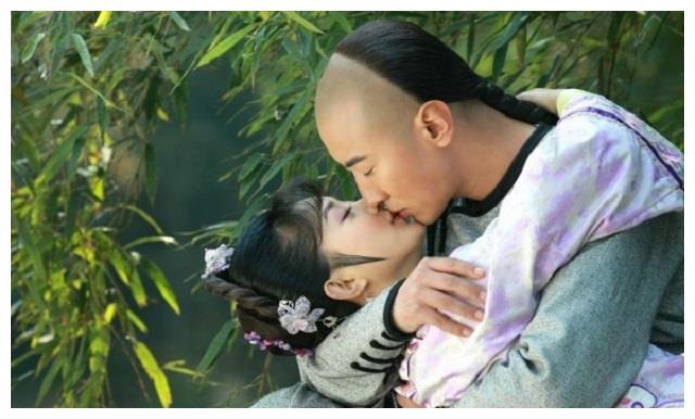 五位女星的灾幕初吻,赵丽颖给了高梓淇,最后一位心里美滋滋