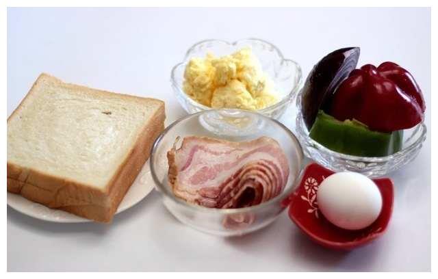 简单速成美味早餐,放微波炉两分钟就搞定!不信你试试