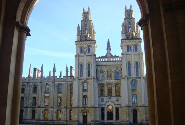 牛津大学图书馆阅览室