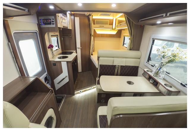 国内安全性最高的依维柯房车,满足长期旅行的所有需求