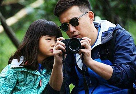 都说黄磊是星二代,得知他父亲的现实身份后,才知为啥没人黑