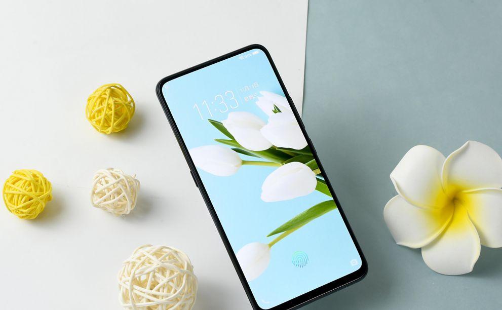 努比亚最受欢迎的手机:息屏显示+柔光自拍,预约量高达23万