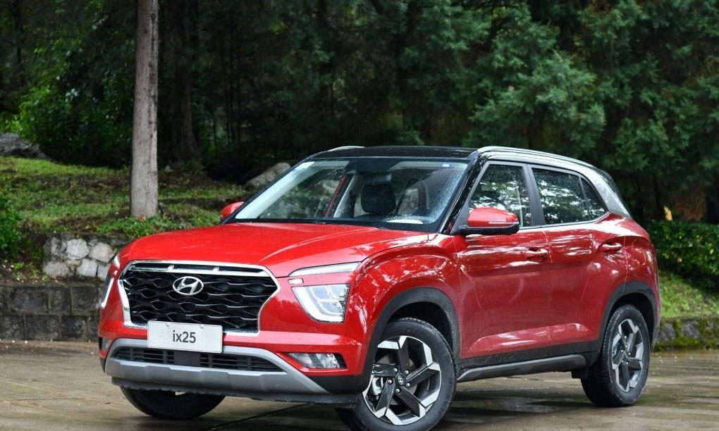 全新现代ix25将10月30日上市,车身造型很时尚,内饰很高级