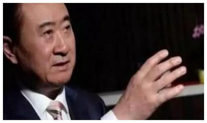 """王健林让王思聪, 联姻""""娃哈哈""""千金, 再回归中国首富!"""