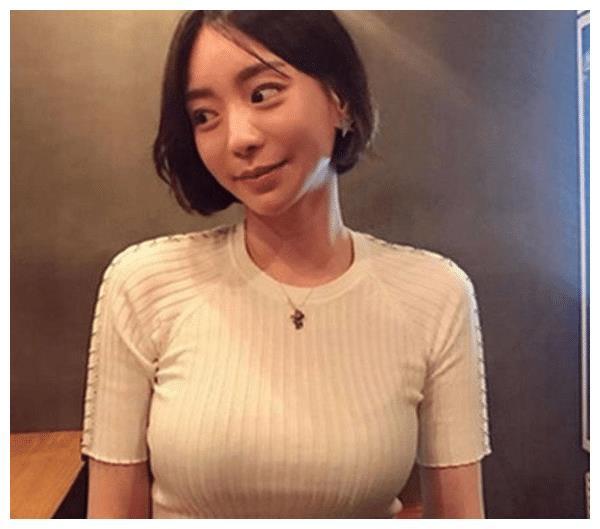 黄荷娜掌握吸毒艺人名单,携手胜利再次清洗韩国娱乐圈,坐等吃瓜