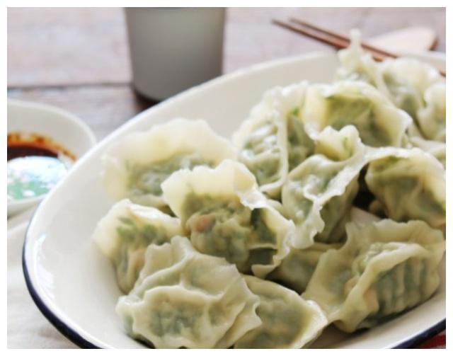 秋天包饺子,我家只用此饺子馅,比韭菜鲜,多吃也不怕胖