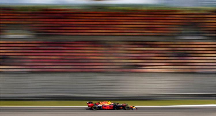 红牛方程式车:速度的力量,方程式赛车外形夺目,美轮美奂