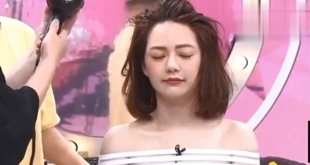女明星在吴依霖改造之下圆脸立刻变巴掌脸太美了