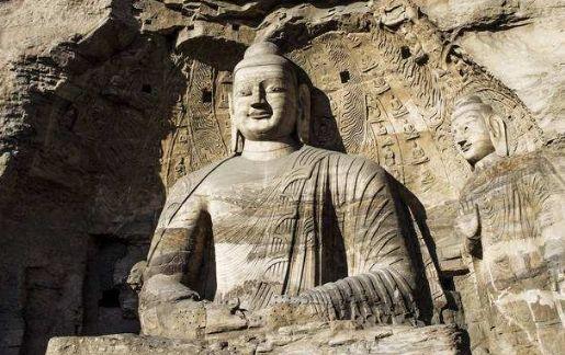 """云冈石窟:被法国总统蓬皮杜誉为""""世界的艺术高峰之一"""""""