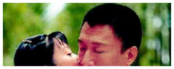暗恋孙红雷的小丫鬟,甩罗晋嫁200亿富豪,老公买飞机博她一笑