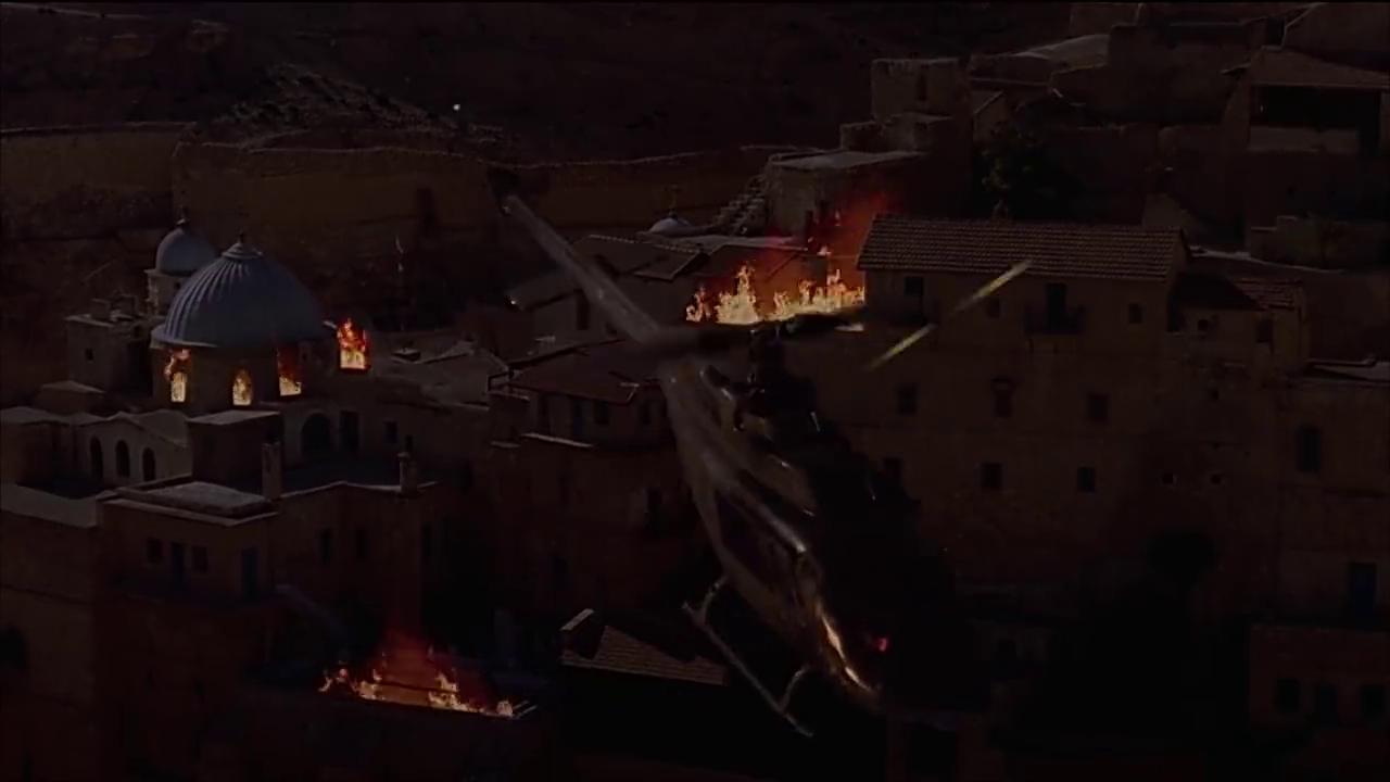 二和尚呼叫了防空导弹,要用防空导弹打下猎鹰的直升机
