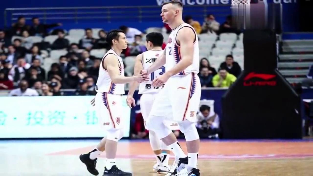上海男篮外援莫泰入选立陶宛大名单曾因备战拒国家队征调
