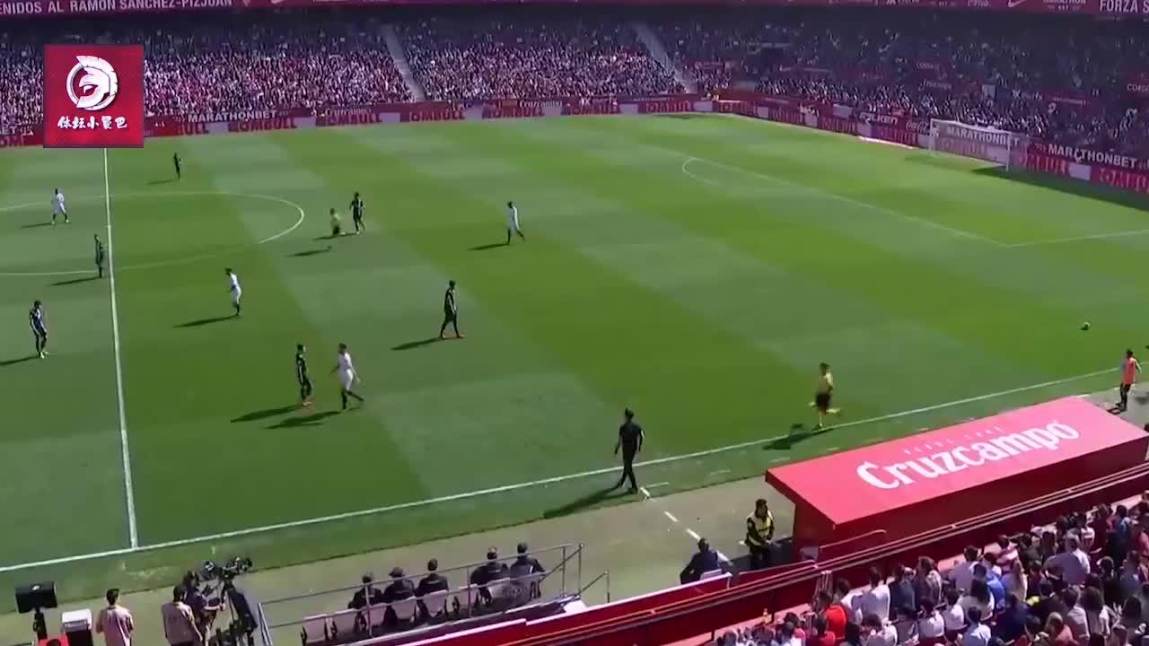 帅炸了武磊世界级罕见动作,破门赛后获西甲最佳球员称号