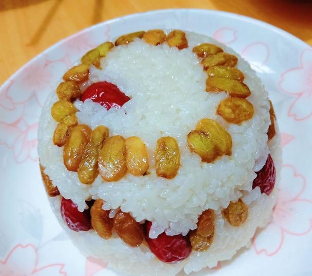 在饭店经常吃的糯米饭,现在自己做,家人都抢着吃