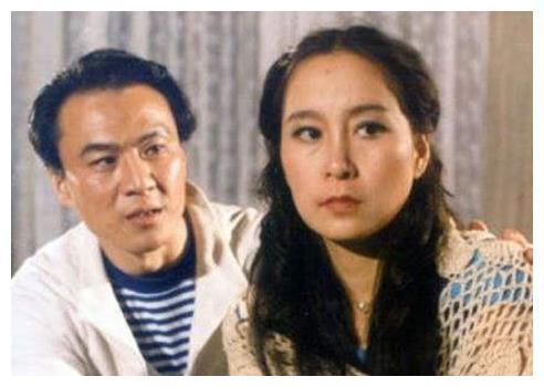 国家一级演员,高龄生子后反被抛弃,前夫再娶她却独自养儿子至今