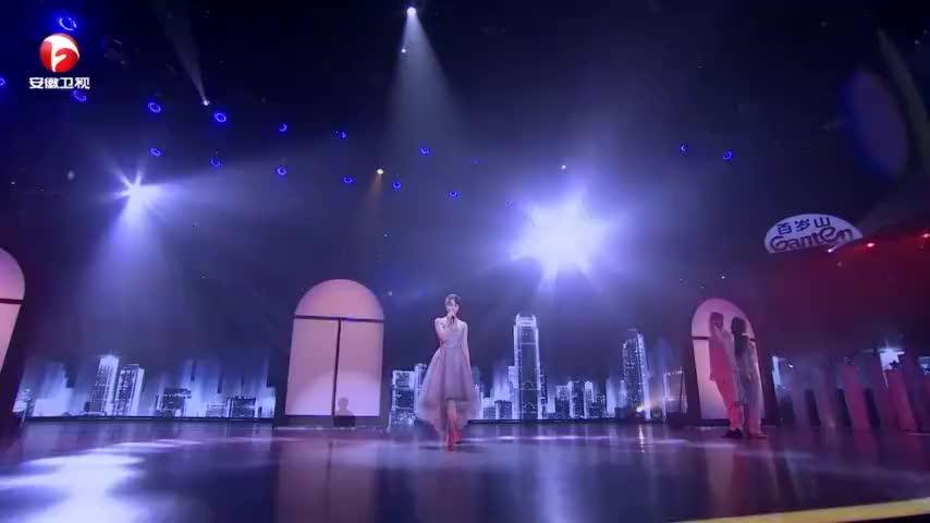国剧盛典宝藏女孩蓝盈莹唱歌了这声音真的太吸粉了