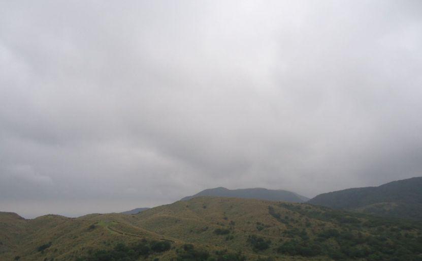 """阳明山公园内的一处火山喷气孔,地质研究的""""活化石"""""""
