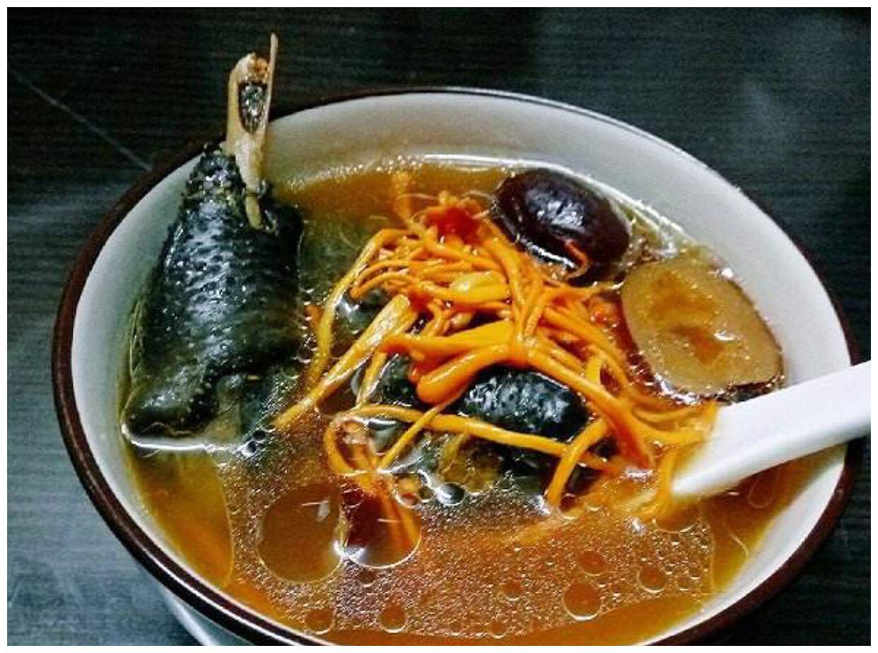 虫草花鸡汤如此煮,营养滋补,但是你知道怎么做的吗?