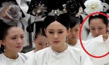 甄嬛传:皇帝坐拥整个后宫,葬礼上为他真正落泪,却只有她一人