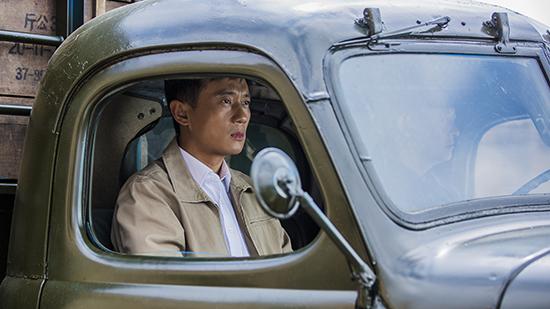 《国家孩子》蝉联收视第一 主演徐洪浩揭秘台前幕后