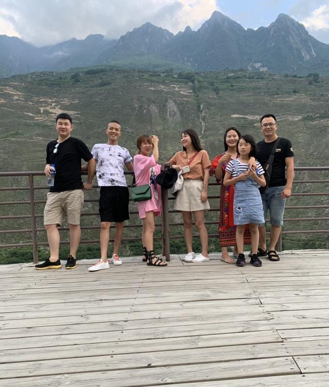 好朋友组团自驾游,桃坪羌寨一个充满地域文化的地方