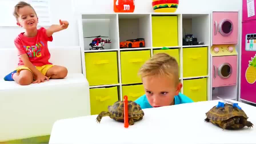 儿童时尚玩具弗拉德真的想成为一名忍者不知道他能不能如愿以偿