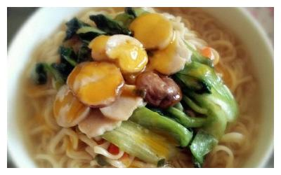 """广州人寿筵上都会吃的""""伊面"""",原来做法也是这么的简单"""