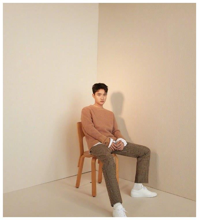 EXO都暻秀最新画报公开!又暖又苏的王世子上线了!
