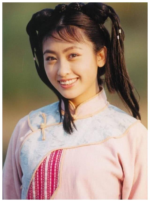 """曾与范冰冰李冰冰齐名,与""""皇阿玛""""热恋,最后嫁大23岁老戏骨"""