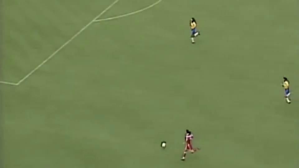 亚特兰大奥运会,中国女足对巴西,这个世界波般进球堪比梅西
