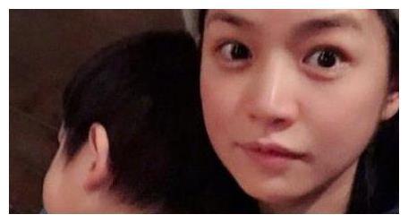陈妍希2岁儿子近照曝光与妈妈神相似