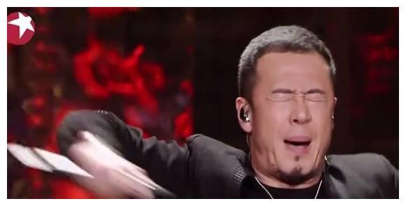 杨坤评价自己唱歌太走心,华晨宇尴尬一笑,张杰表情凝重!