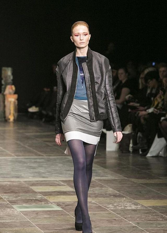 时装周:怎样在众人眼中展现出大长腿,这样巧妙穿搭方式不能错过