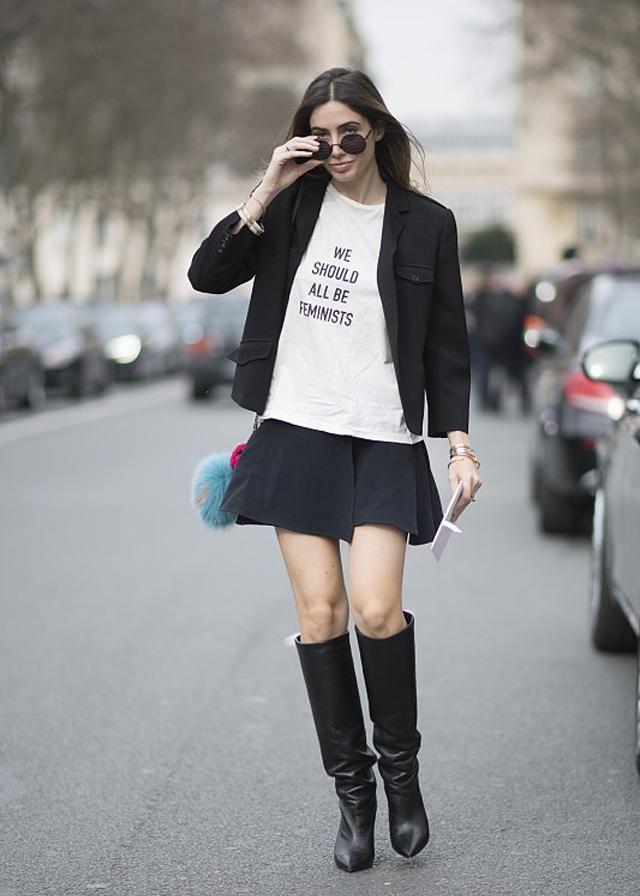 潮流时尚的穿搭别出心裁,清闲甜美,回头率很高