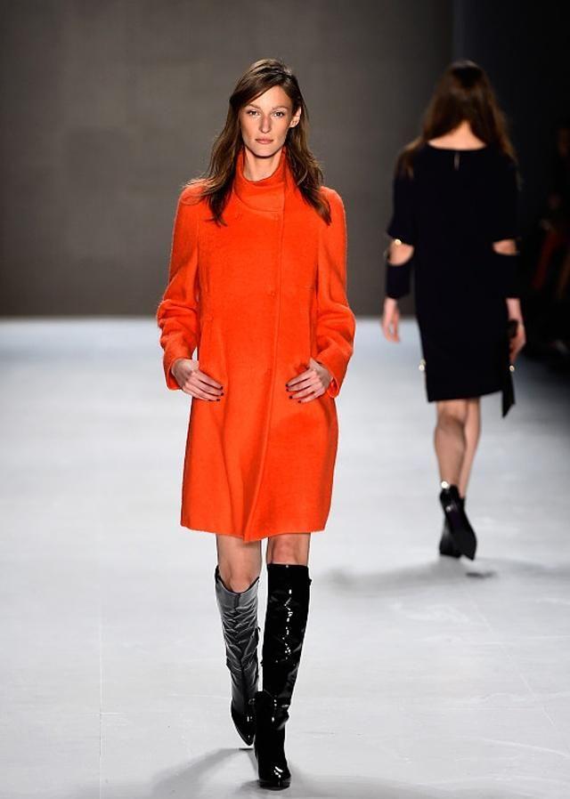 时装周:时尚达人都拒绝不了的潮流穿搭,快来一起看看吧