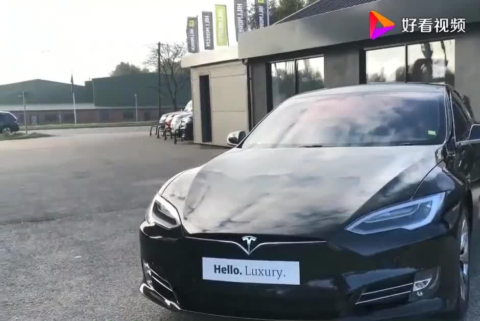 特斯拉Model S外观内饰实拍科幻的外形强大的动力让人上瘾