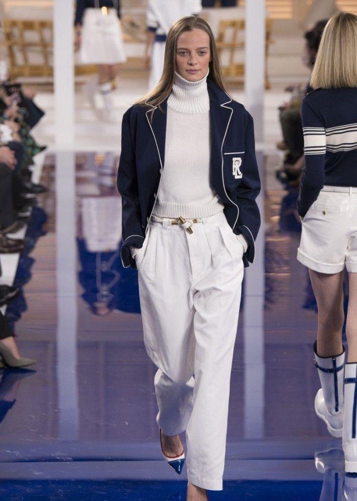 时装秀:模特展现与众不同的美,潮流感扑面而来,穿搭讲究高格调