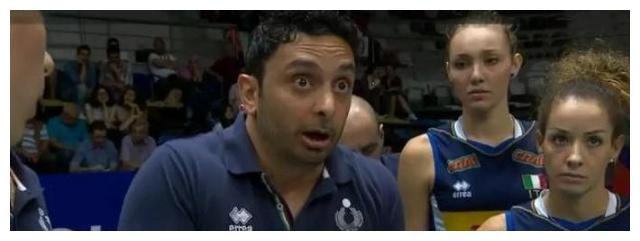 总决赛发布会:马赞蒂瞪大眼睛,古德蒂一脸坏笑,基拉里多次提问