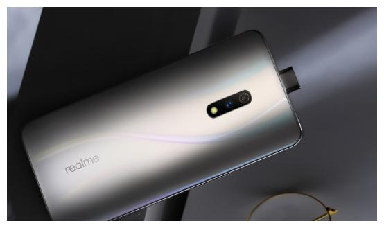 """智能手机沦为""""白菜价"""",这三款屏幕指纹手机低至999起"""