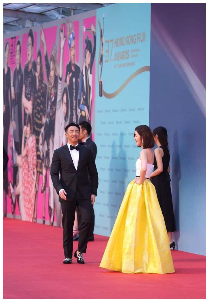 第37届香港电影金像奖,阿Sa蔡卓妍和张继聪一同走上红毯