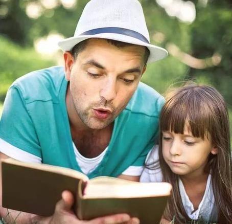 2岁半孩子已会自主阅读,不是天才而是父母有高招