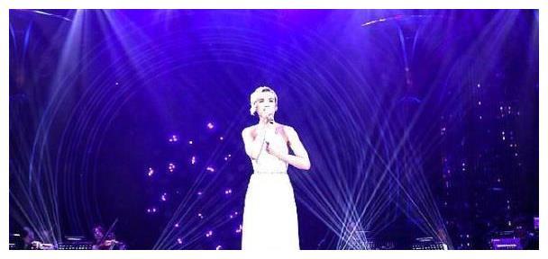 《歌手》第七期歌单,吴青峰《逃亡》,杨乃文《女爵》,期待吗?