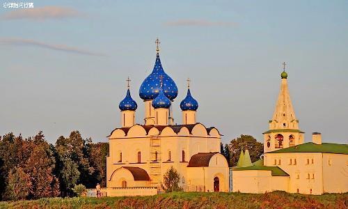 """俄罗斯这些""""隐世小城"""",古朴沧桑却历久弥新,堪比""""童话城堡"""""""