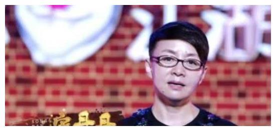 宋丹丹当唱歌比赛评委,不看唱歌只看长相,华晨宇表示不满